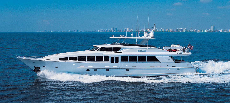 Long range yacht