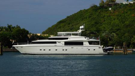 Johnson Motor Yacht Sold by Gilman Yachts